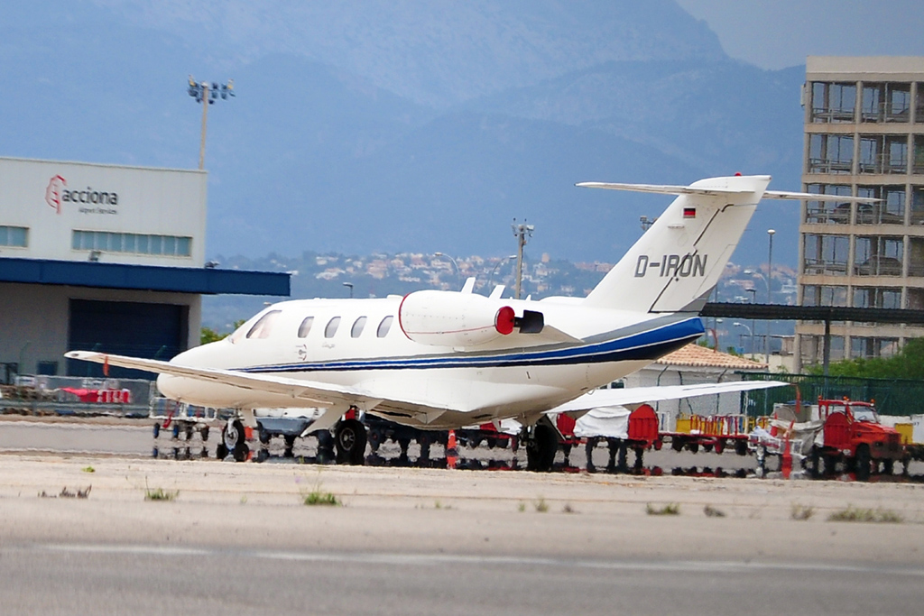 D-IRON CESSNA 525 CITATION JET PRIVADO 1024.jpg