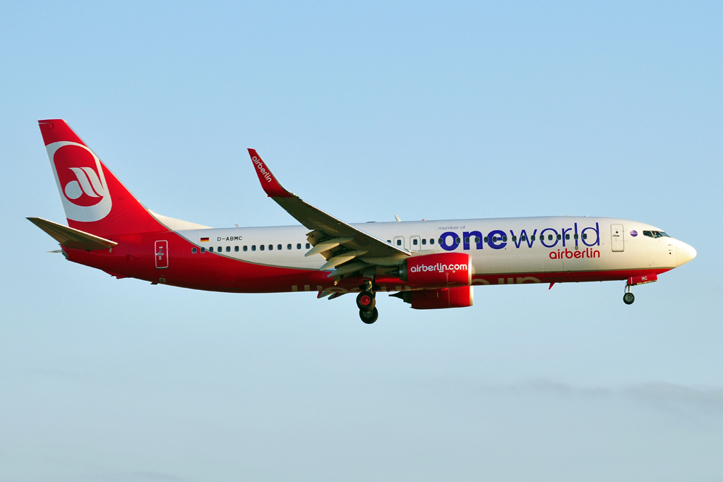 D-ABMC B737-800 AIR BERLIN one world 1024.jpg