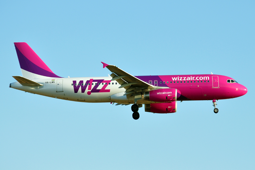HA-LWN A320 WIZZAIR 1024.jpg