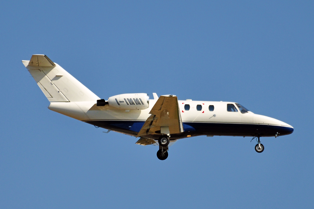 I-IMMI CESSNA CITATION I ALIVEN 1024.jpg
