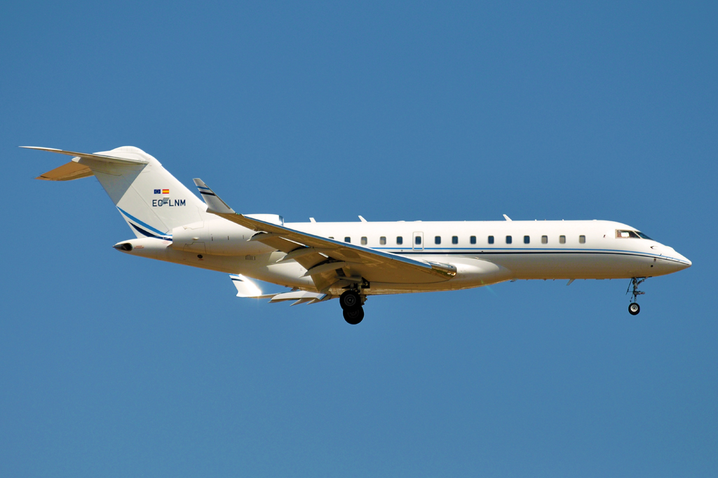 EC-LNM BOMBARDIER GLOBAL EXPRESS PRIVADO 1024.jpg
