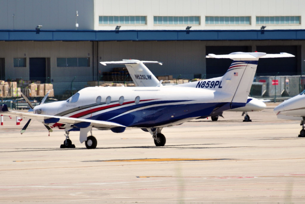 N859PL PILATUS PC12 PRIVADO 1024.jpg