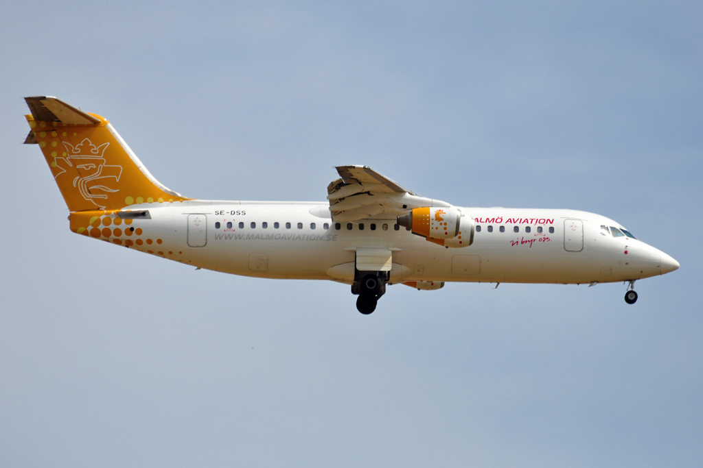 SE-DSS AVRO RJ100 MALMO AVIATION 1024.jpg