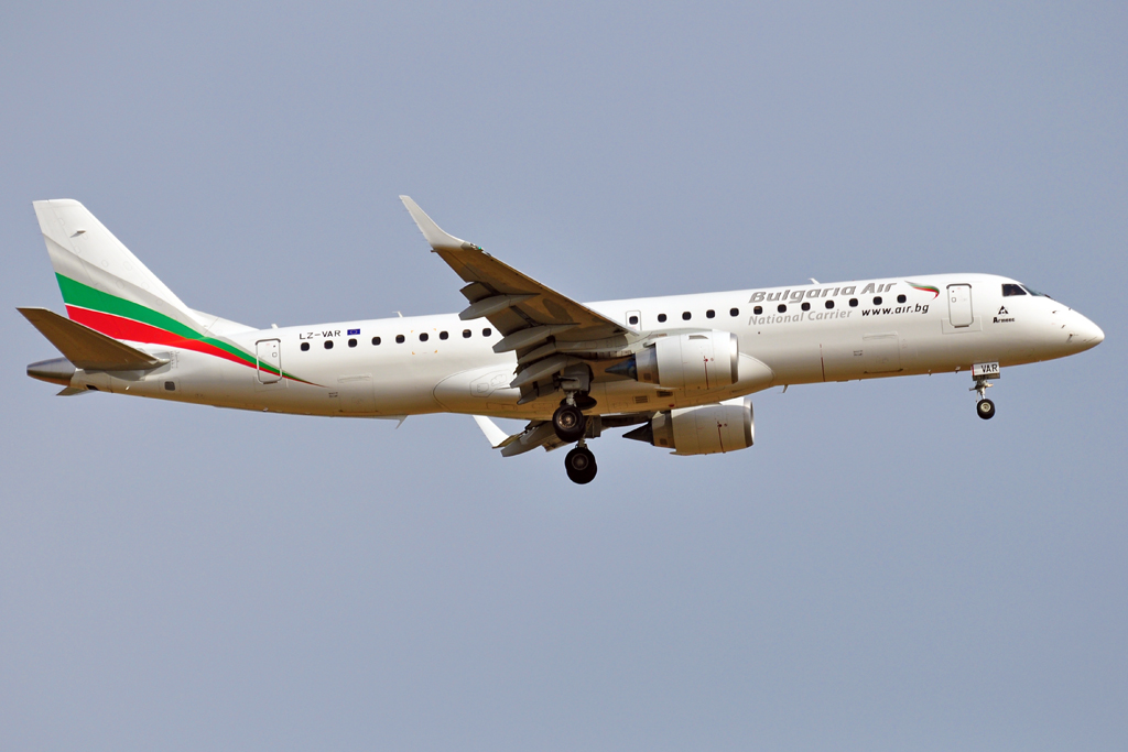 LZ-VAR EMBRAER 190 BULGARIA AIR 1024.jpg