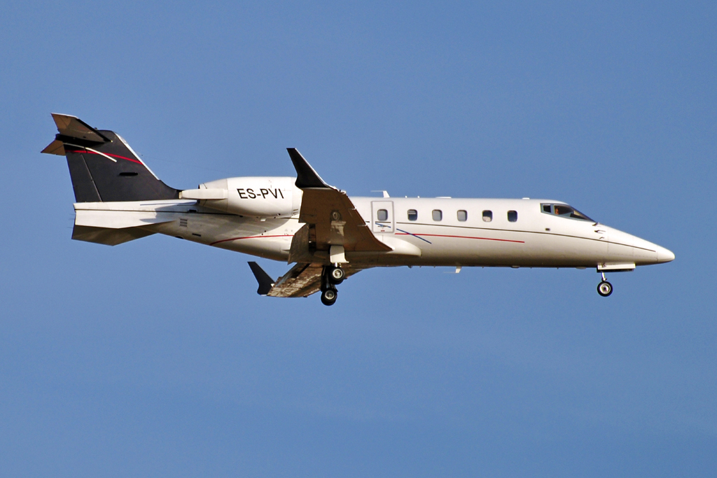 ES-PVI LEARJET PRIVADO 1024.jpg