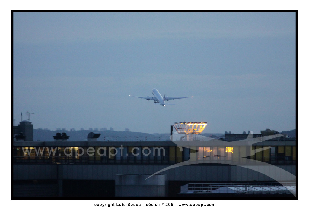 LPFO_TAKE-OFF_CS_TFZ_12082012_205.jpg