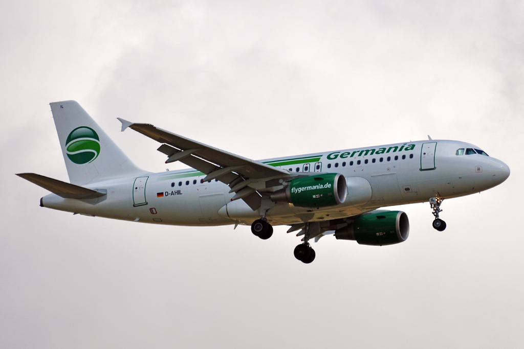 D-AHIL A319 GERMANIA.jpg