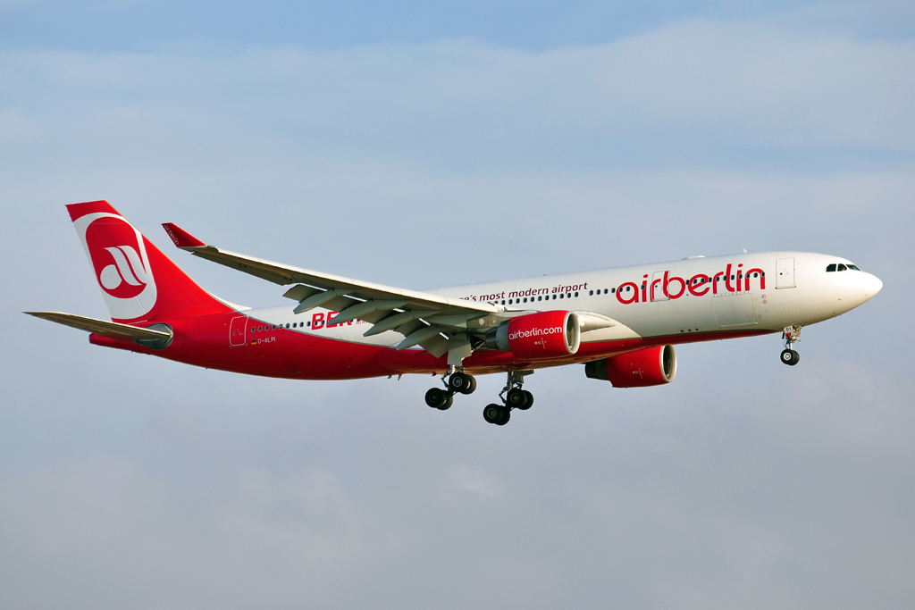 D-ALPI A330-200 AIR BERLIN berlin airport.jpg