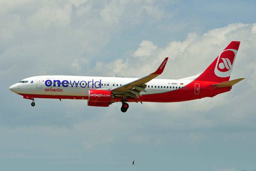 D-ABMC B737-800 AIR BERLIN one world 2.jpg