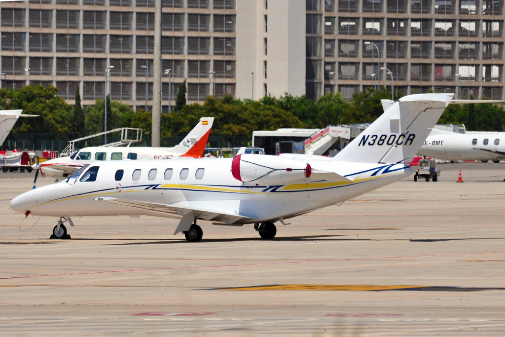 N380CR CESSNA CITATION CJ1 PRIVADO.jpg