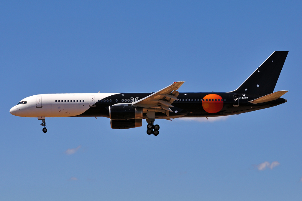G-ZAPX B757-200 TITAN AIRWAYS.jpg