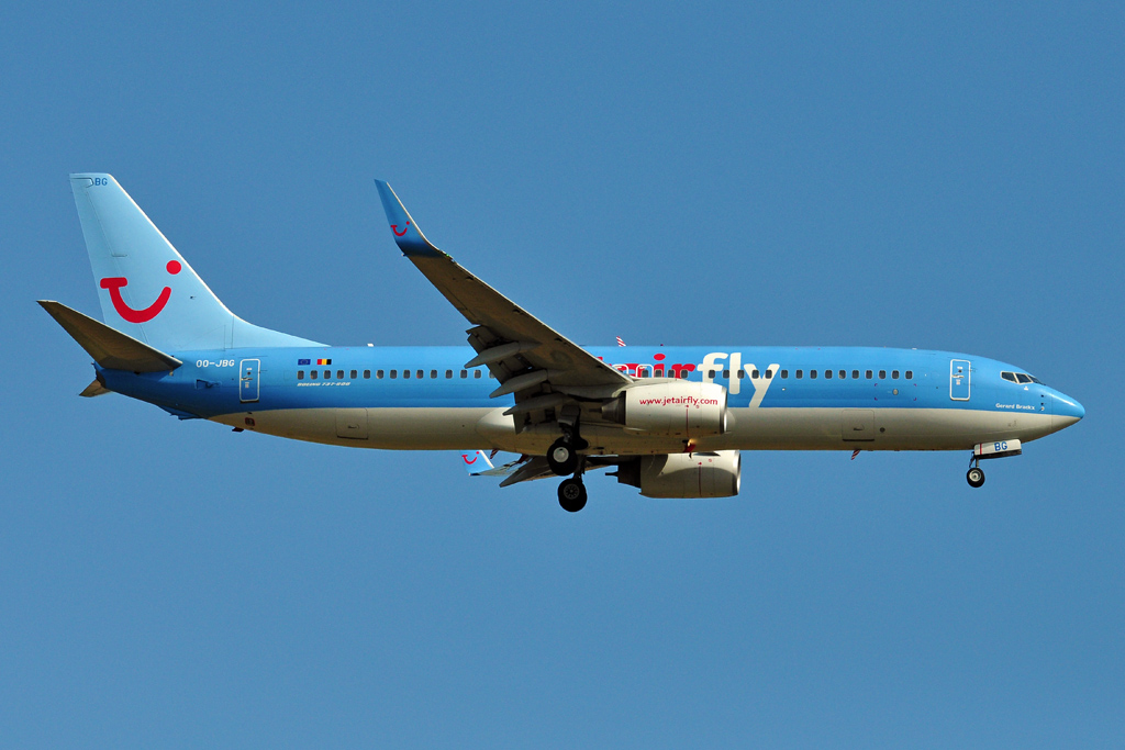 OO-JBG B737-800 JET AIR FLY.jpg
