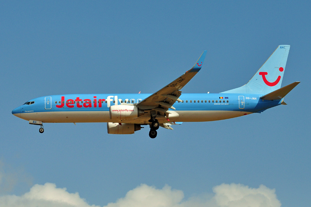 OO-JAH B737-800 JET AIR FLY.jpg