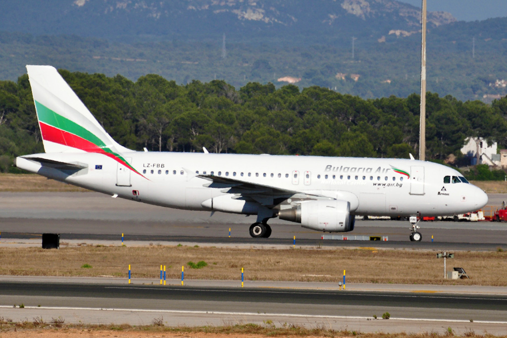 LZ-FBB A319 BULGARIA AIR.jpg