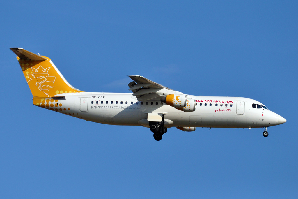 SE-DSX AVRO RJ 100 MALMO AVIATION.jpg