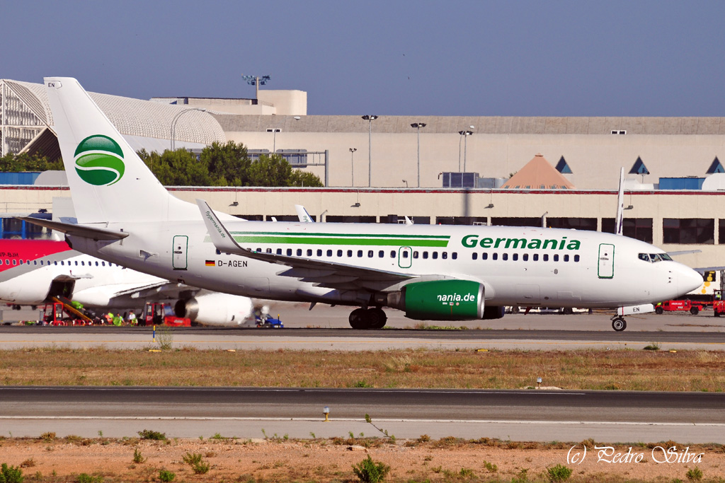 D-AGEN B737-700 GERMANIA_1024.jpg