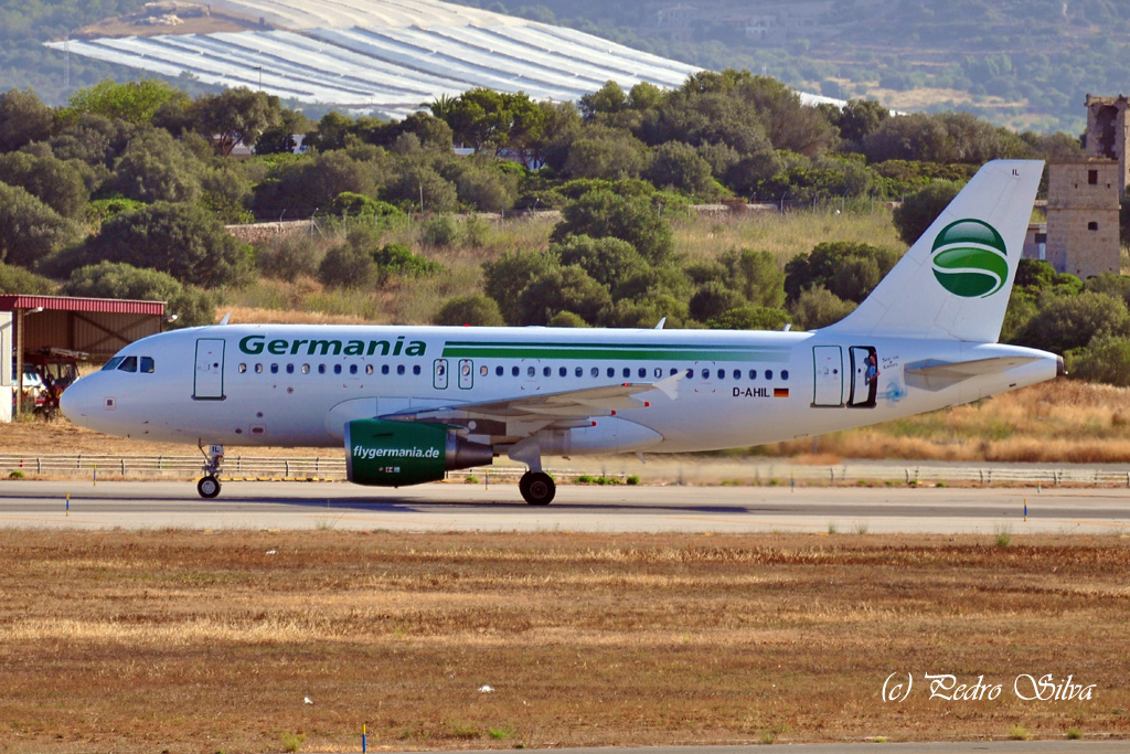 D-AHIL A319 GERMANIA at the door_1024.jpg