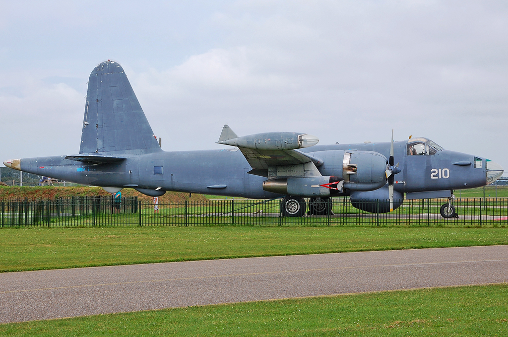 NETHERLANDS NAVY LOCKHEED SP-2H NEPTUNE 210.jpg
