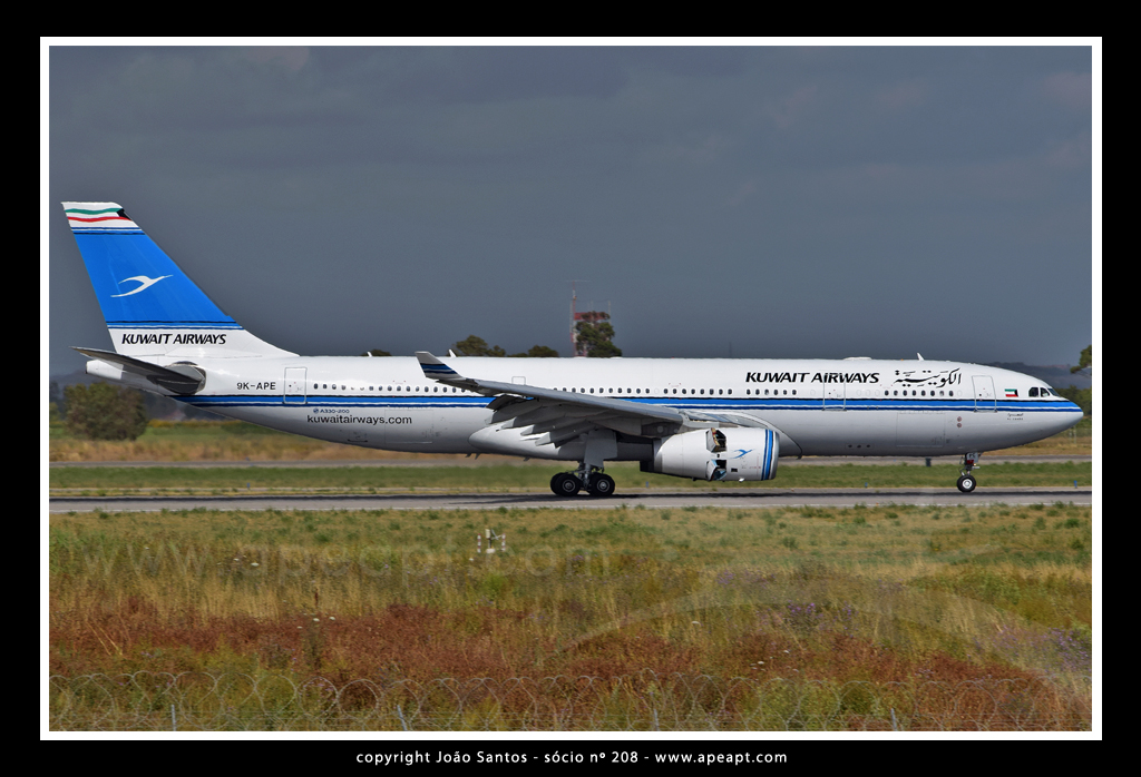 KUWAIT AIRWAYS A330 9K-APE.jpg