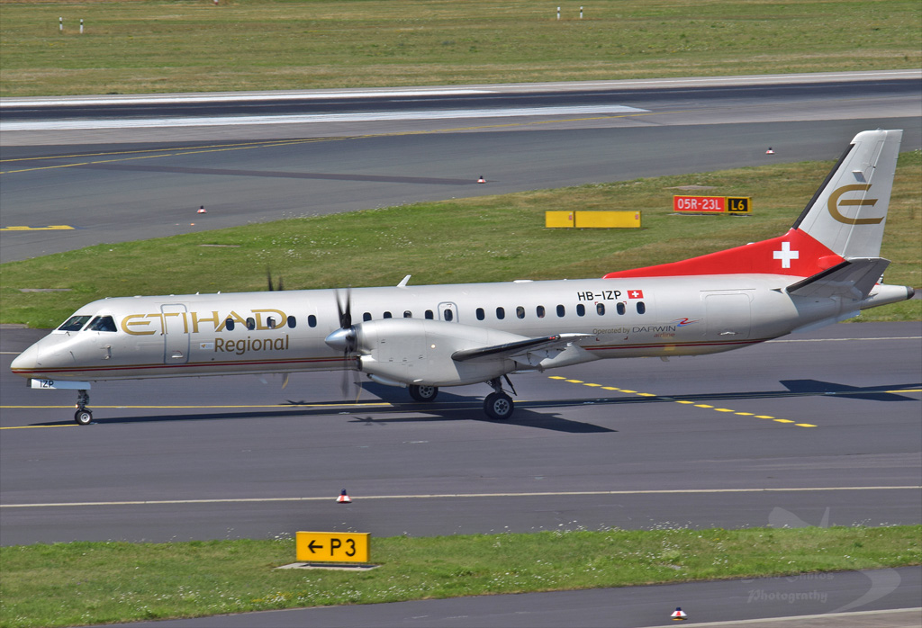 ETIHAD AIRWAYS SAAB 2000 HB-IZP.jpg