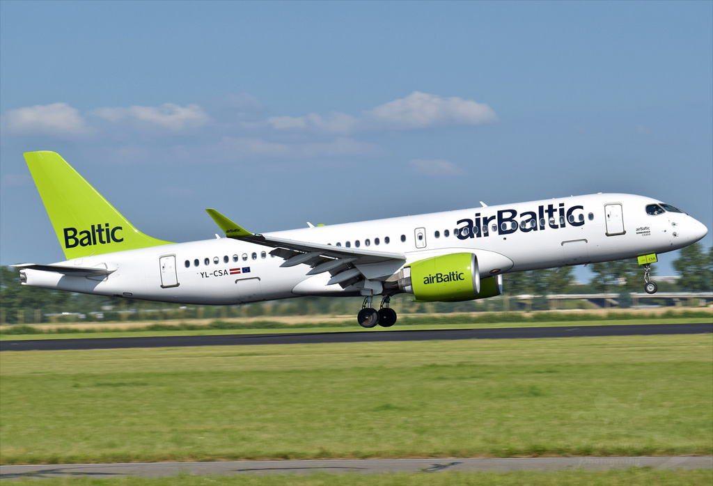 AIR BALTIC BOMBARDIER BD-500-1A11 CS300 YL-CSA.jpg