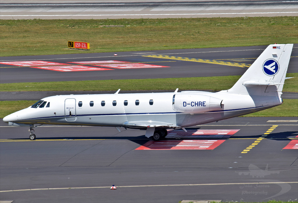 HAHN AIR CESSNA 680 CITATION SOVEREIGN D-CHRE.jpg