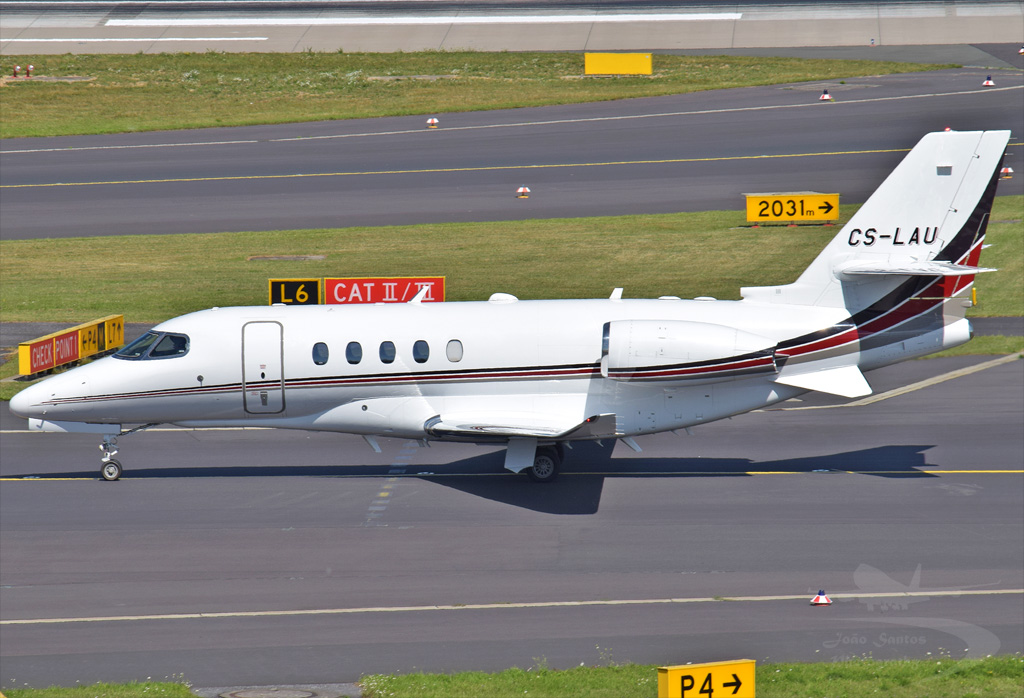 NETJETS EUROPE TEXTRON AVIATION 680 CITATION LATITUDE CS-LAU.jpg