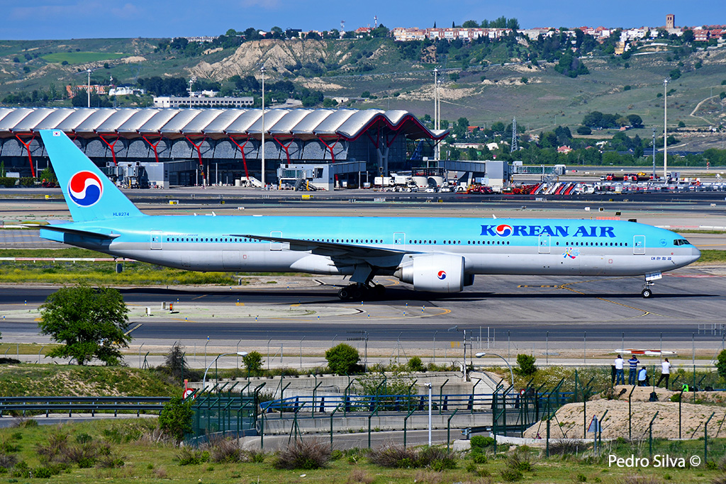 HL8274 B777-300 KOREAN AIR_3.jpg